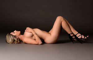 Rozanne escort girl