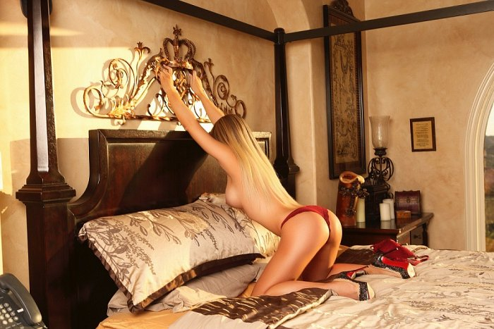 live escorts in Universal City