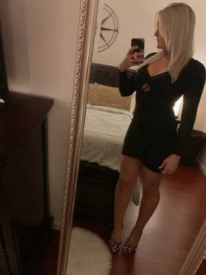 Gertrud escort girl in Cottonwood Heights