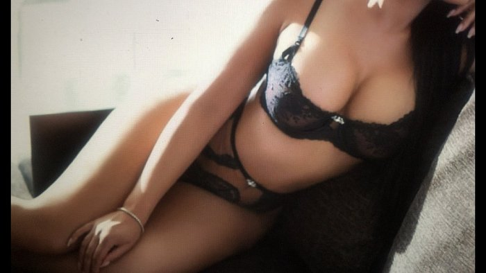 escort girl in Fredericksburg Texas